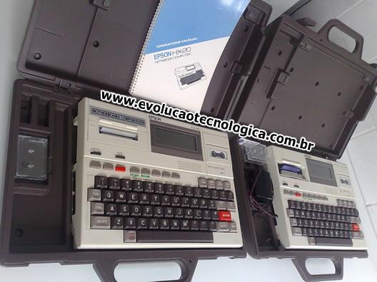 Dois exemplares do Epson HX-20